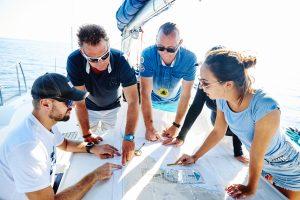 Aprendiendo a navegar con la Escuela Náutica Yacht Point
